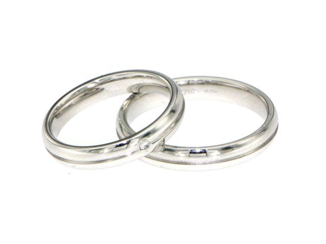 Fedi Matrimonio Uomo : Coppia fedi oro bianco con riga satinata al centro